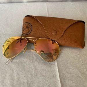 Ray-Ban Aviators Rose Gold Flash Lense